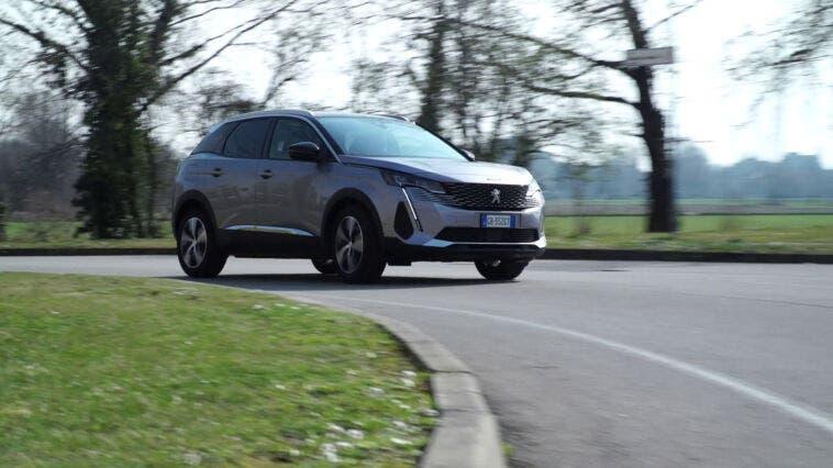 Nuovo Peugeot 3008 Hybrid tecnologia ibrida