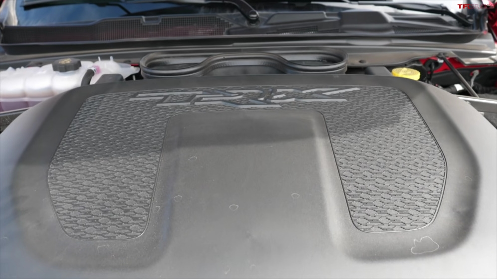 Ram 1500 TRX vs Toyota Tundra 2021 test traino consumi