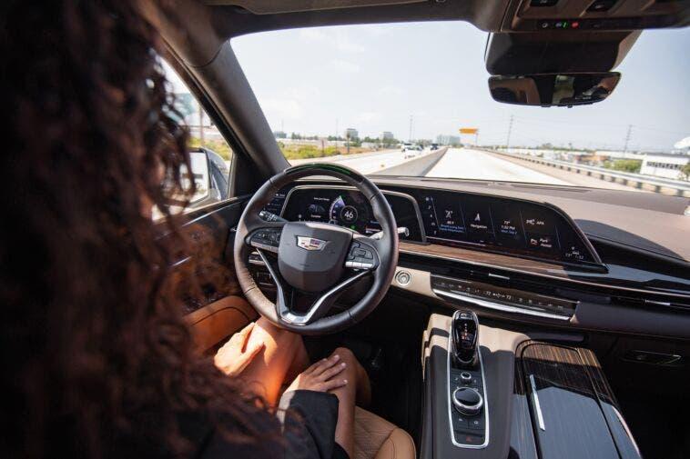 Stati Uniti legge veicolo ADAS senza conducente