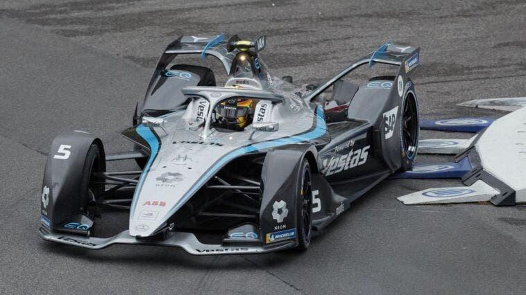 Vandoorne su Mercedes vince l'ePrix di Roma dell'11 aprile