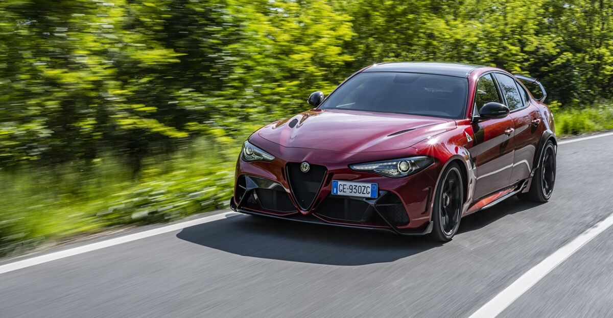 Alfa Romeo Giulia GTA GTAm stampa internazionale
