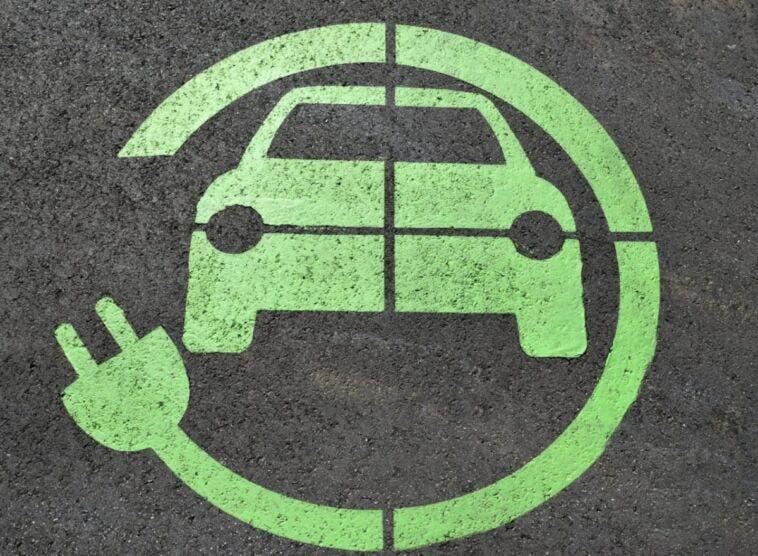 Auto elettriche ritorno veicoli tradizionali