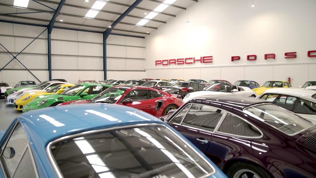 Chris Harris collezione Ferrari Porsche BMW
