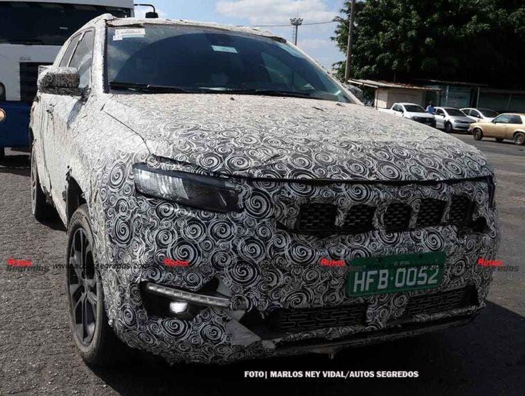 Jeep Grand Commander ultimo prototipo foto spia