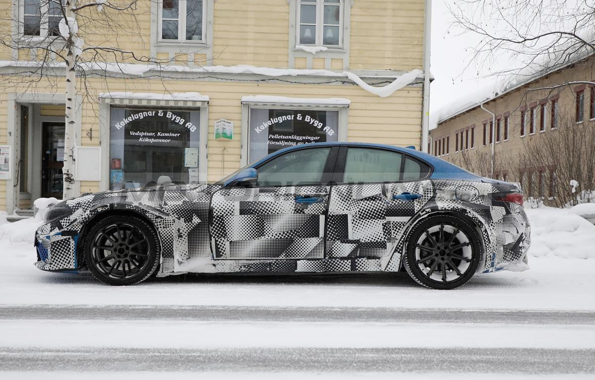 Maserati GranTurismo 2022 ultime foto spia