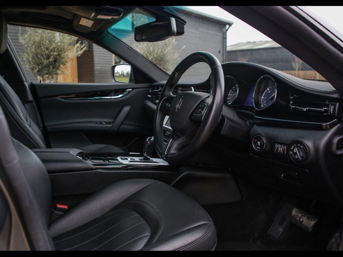 Maserati Quattroporte Shooting Brake 2016