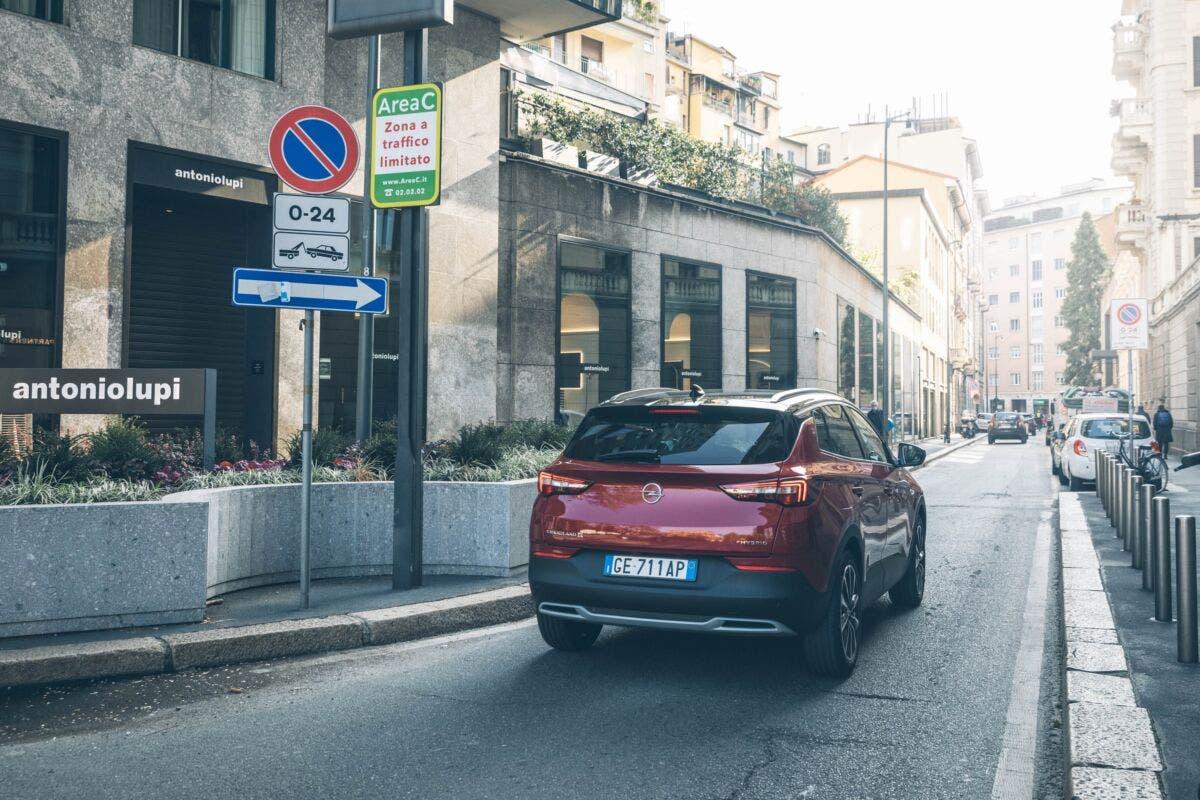 Opel Grandland X Hybrid4 modalità guida