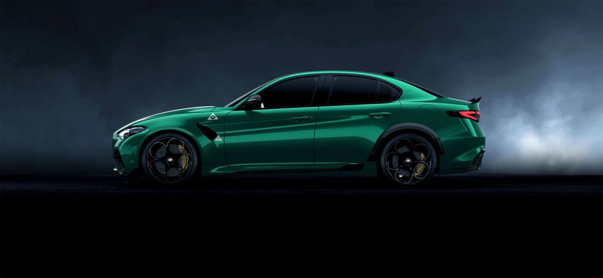 Alfa Romeo Giulia GTAm Verde Montreal