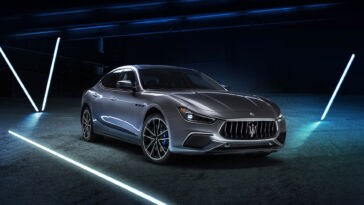 Maserati Ghibli Hybrid Noleggio Chiaro