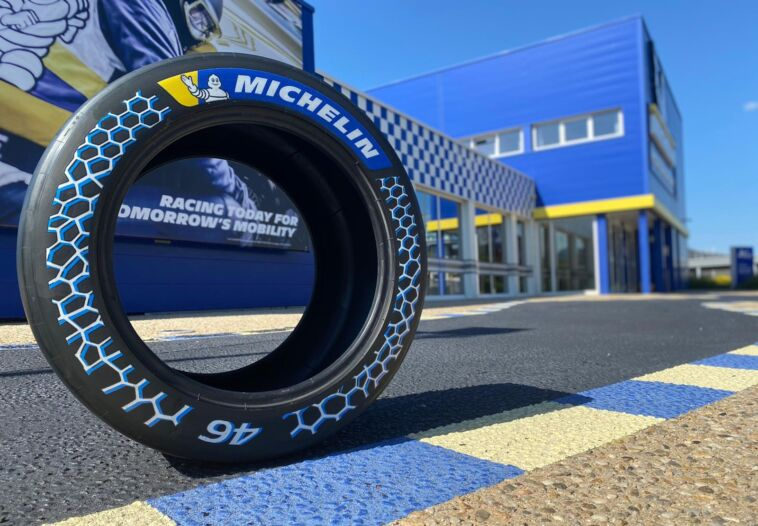 Michelin primo pneumatico da corsa quasi sostenibile