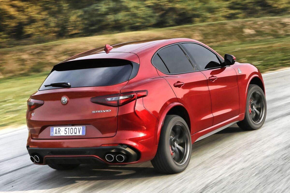 Alfa Romeo Stelvio 2022 ultime indiscrezioni