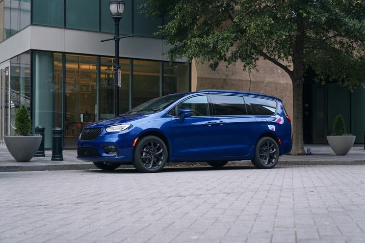 Chrysler Pacifica AutoPacific