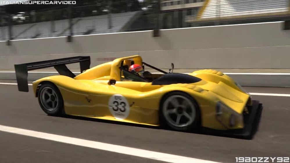 Ferrari 333 SP gialla pista