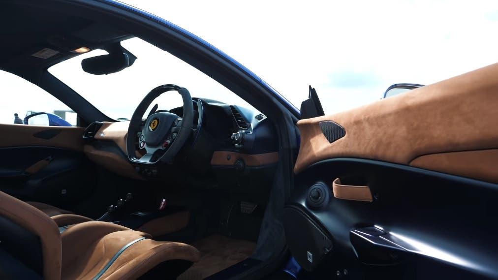 Ferrari 488 Pista vs Opel Corsa B 1200 CV drag race