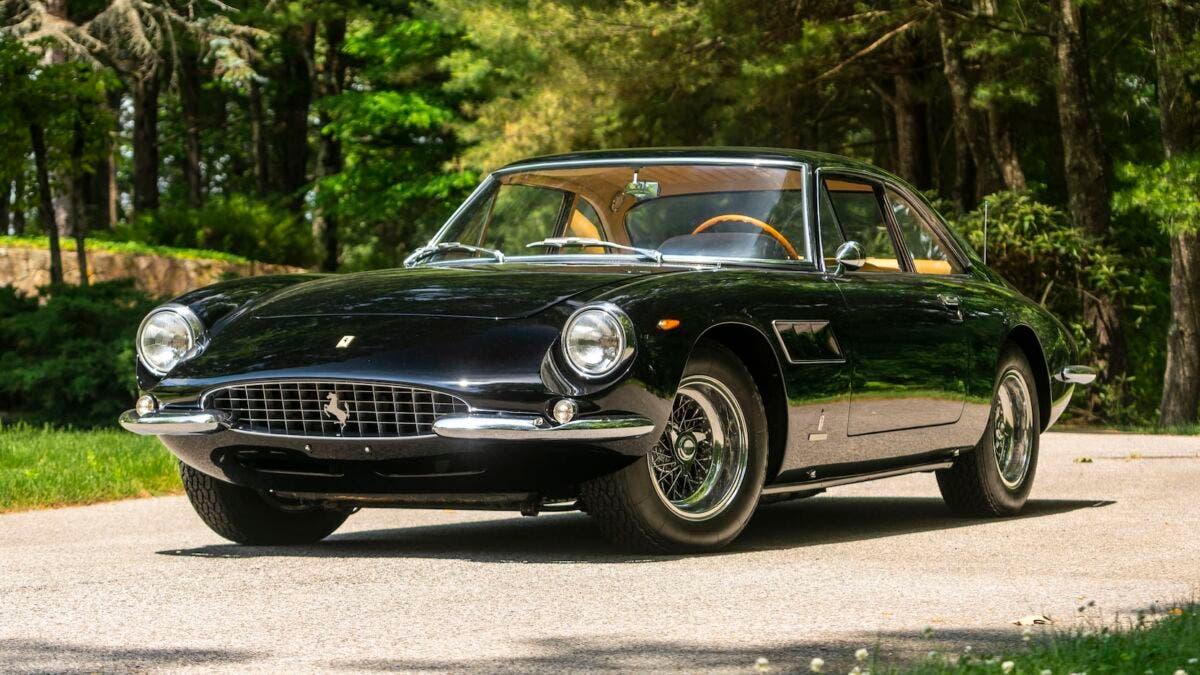 Ferrari 500 Superfast 1965 asta Monterey