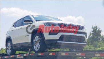 Jeep Compass 2022 mild hybrid prototipo foto spia