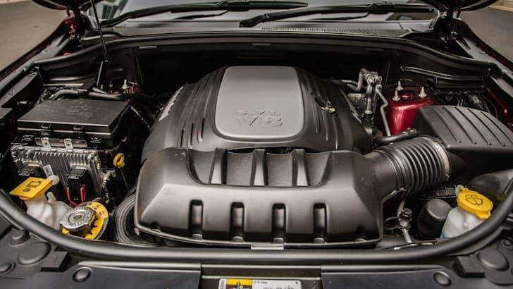 Jeep motori diesel V8 benzina