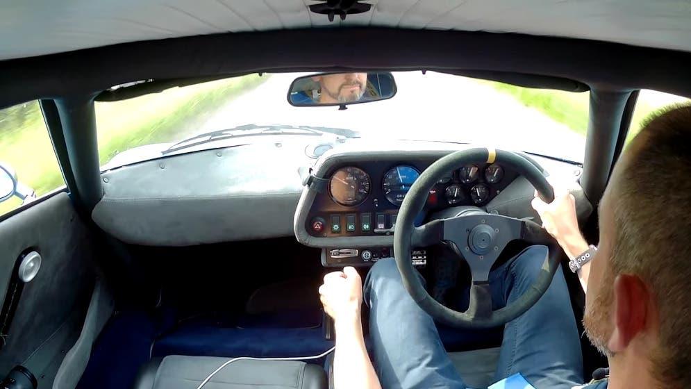 Lancia Stratos replica motore Alfa Romeo