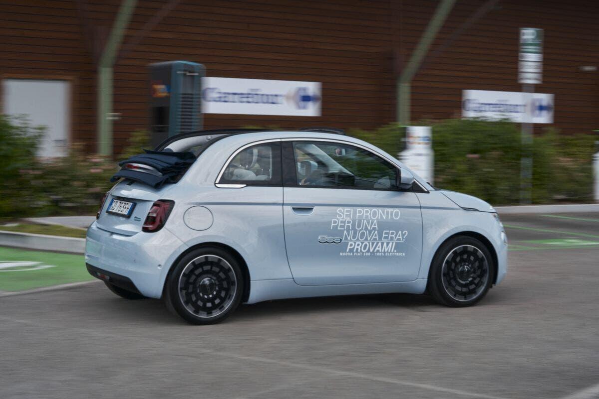 Nuova Fiat 500 Elettrica Shop & Charge