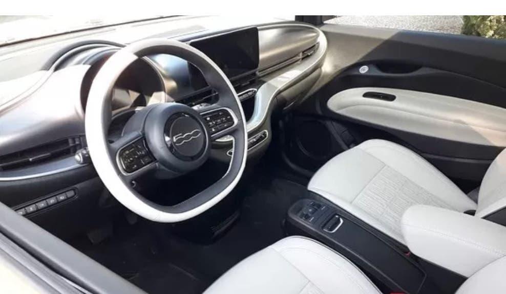Nuova Fiat 500 Elettrica foto Brasile
