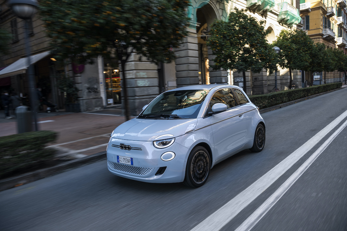 Nuova Fiat 500 Elettrica premio guidatori europei