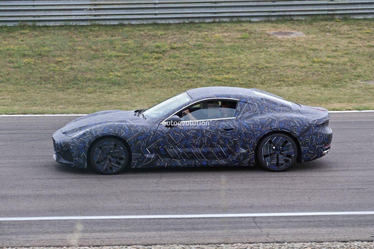 Nuova Maserati GranTurismo foto spia