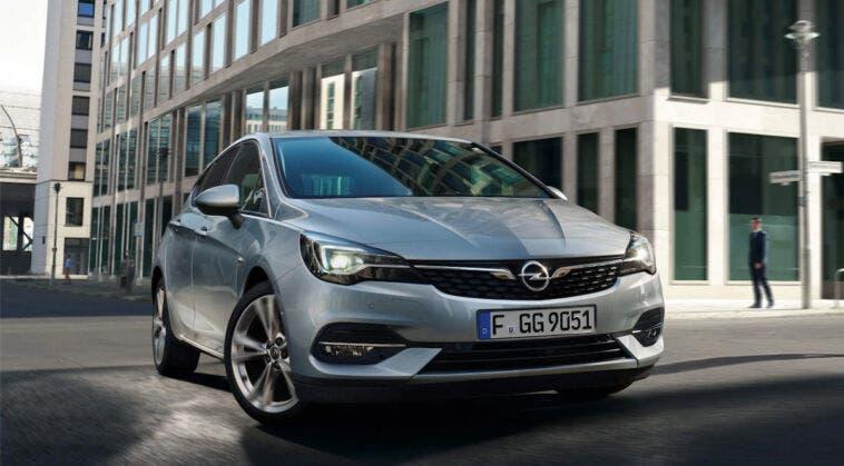 Opel Astra noleggio