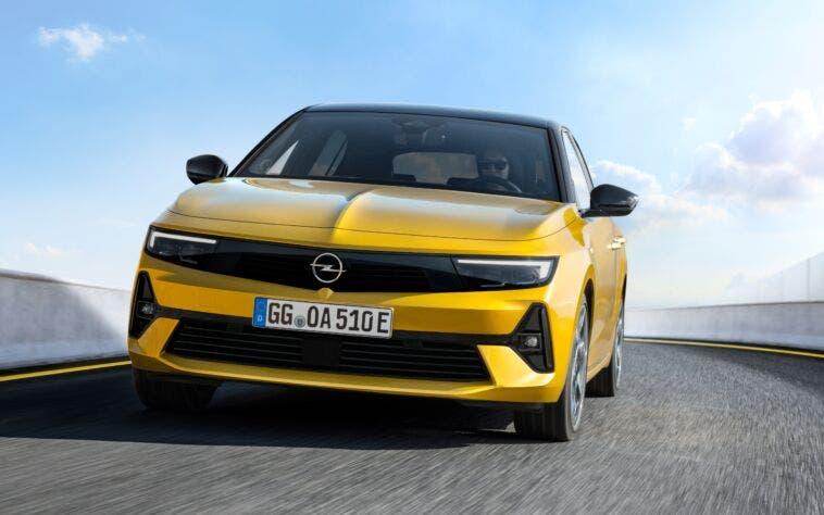 Opel nuovo corso stilistico