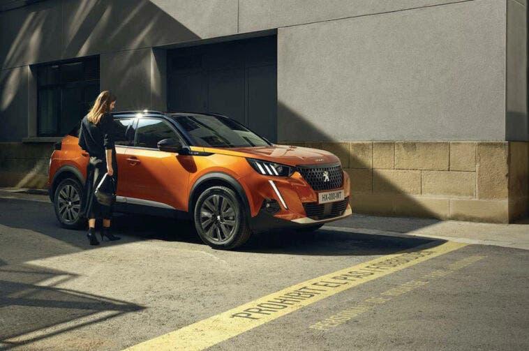 Peugeot 2008 Allure Pack finanziamento