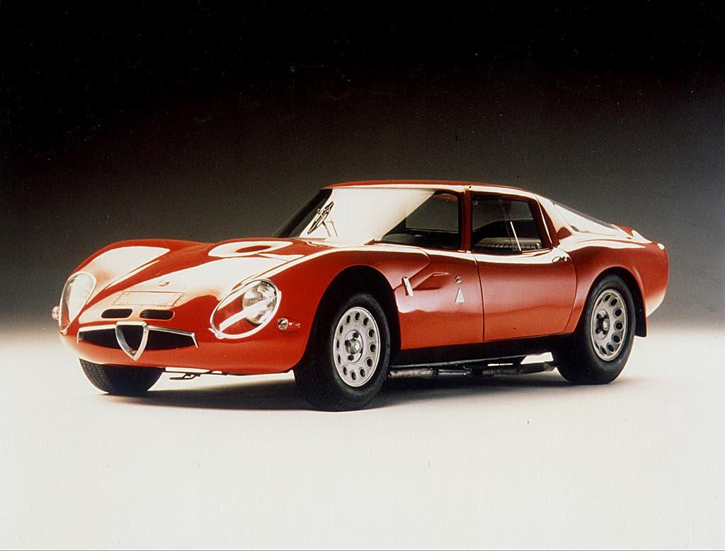 L'Alfa Romeo Giulia TZ2 di Zagato