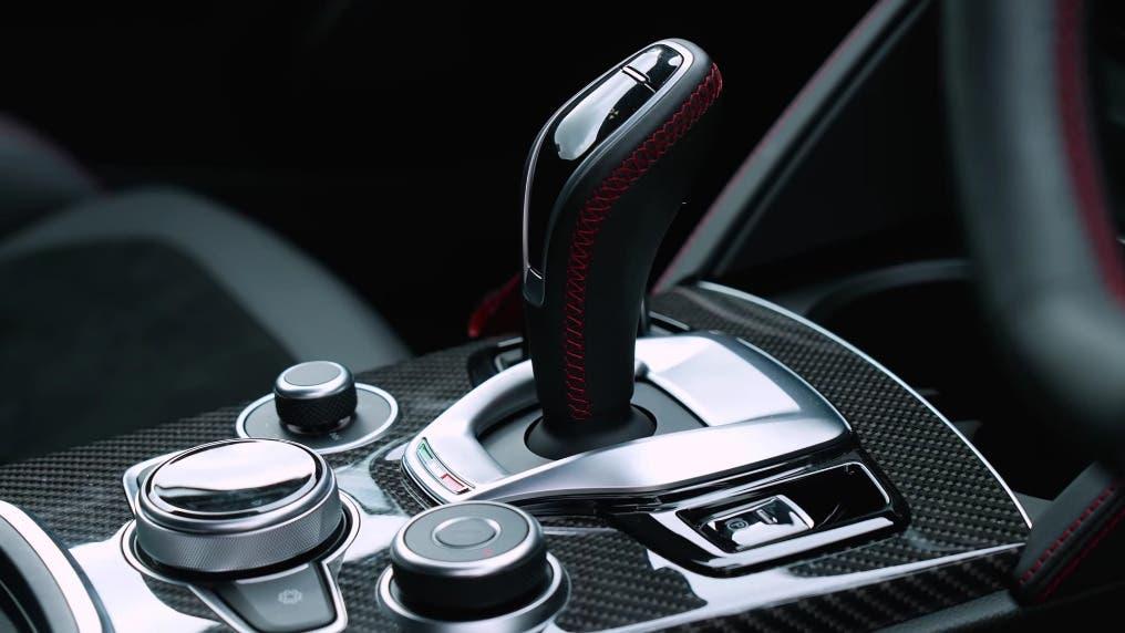 Alfa Romeo Stelvio Quadrifoglio vs BMW M4 Competition vs Audi RS6