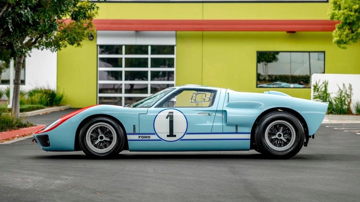 Ford GT40 - Carwow