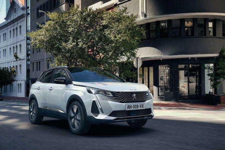 Nuovo Peugeot 3008 Hybrid noleggio