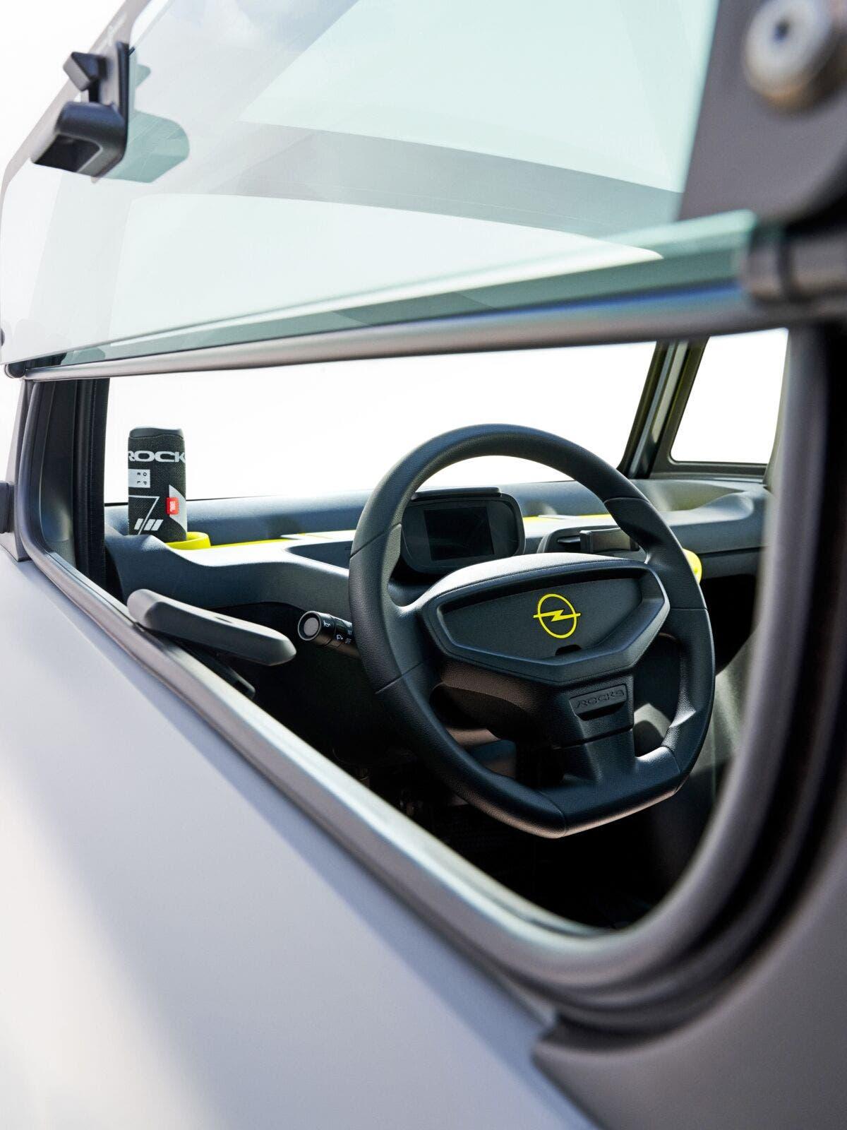 Opel Rocks-e