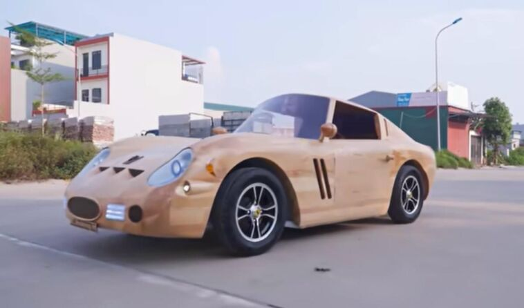 Replica in legno Ferrari 250 GTO