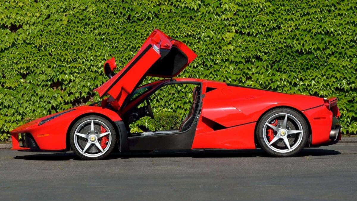 Ferrari LaFerrari Asta