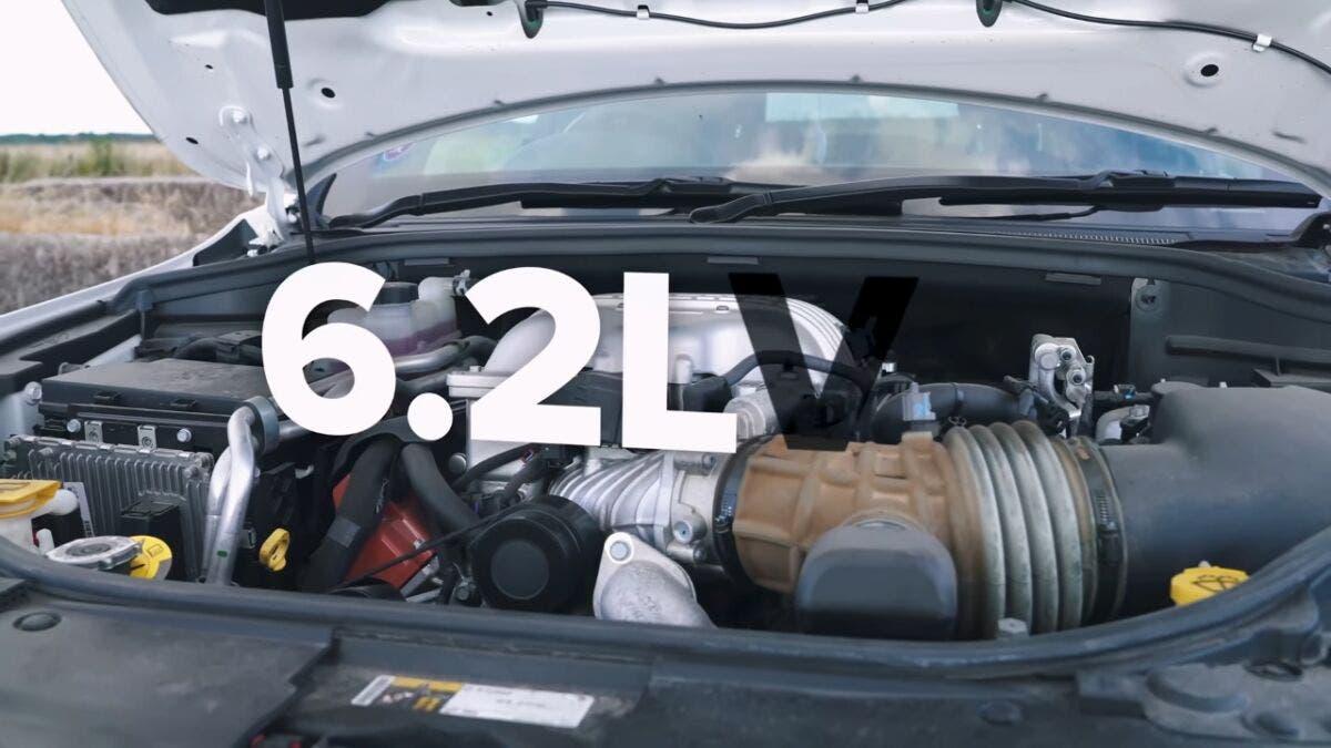 Jeep Grand Cherokee Trackhawk vs Tesla Model X vs BMW X6 M vs Porsche Cayenne Turbo GT vs Lamborghini Urus drag race