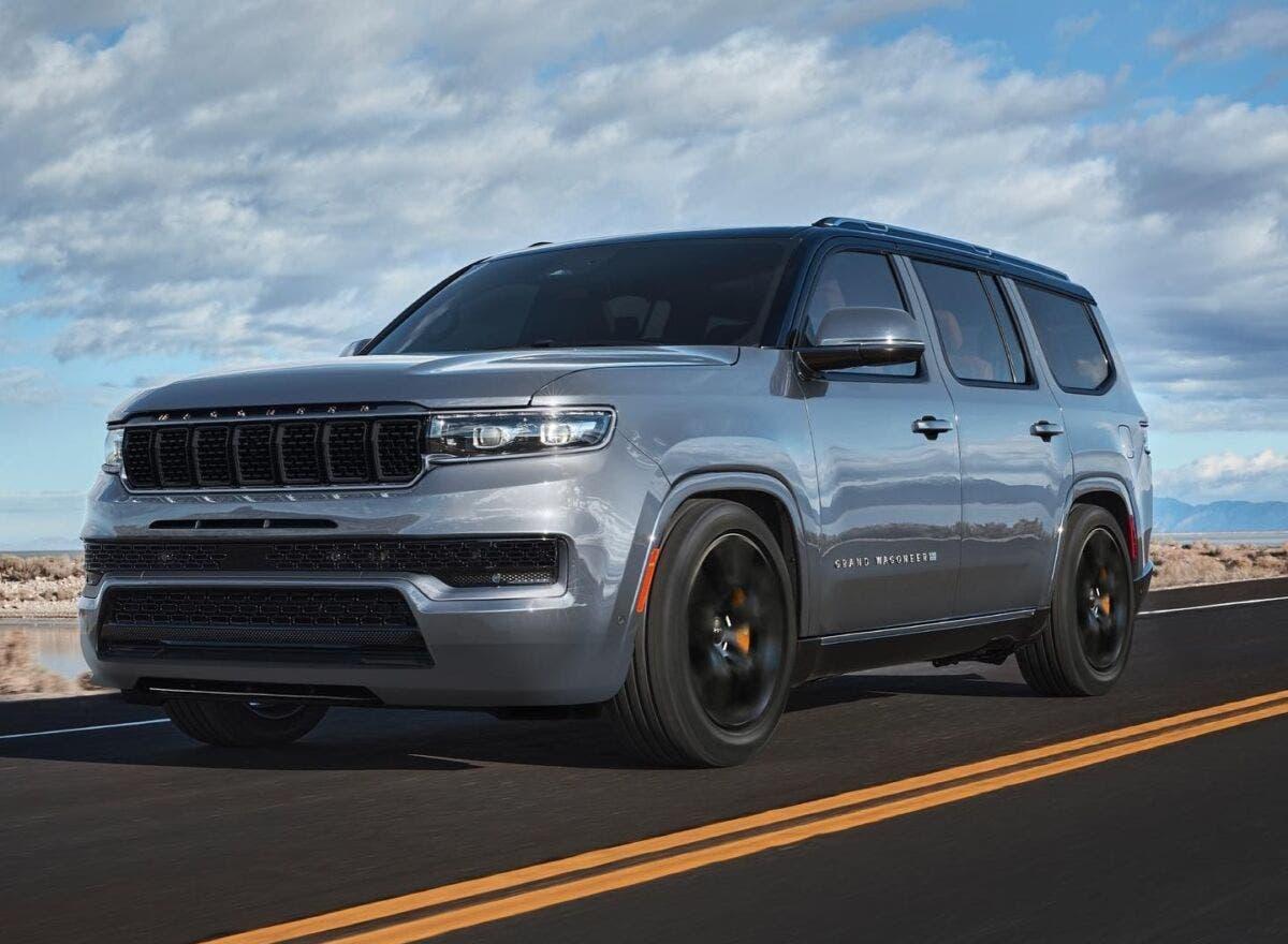 Jeep Grand Wagoneer Trackhawk render