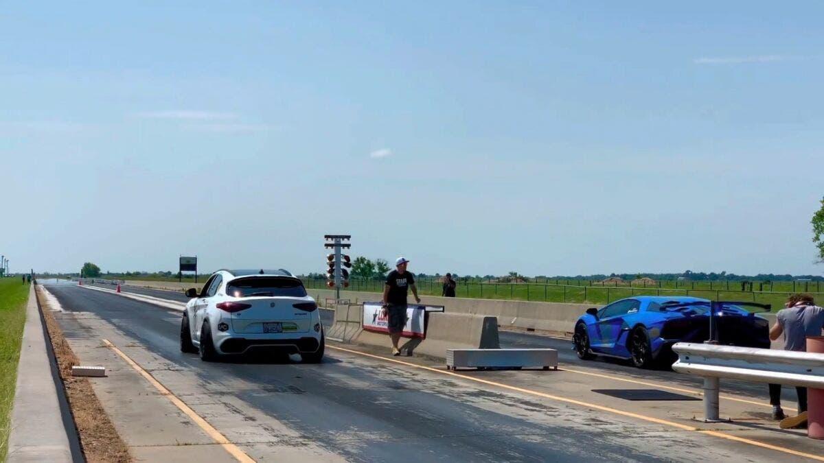 Alfa Romeo Stelvio Quadrifoglio vs McLaren 756LT vs Lamborghini Aventador SVJ drag race