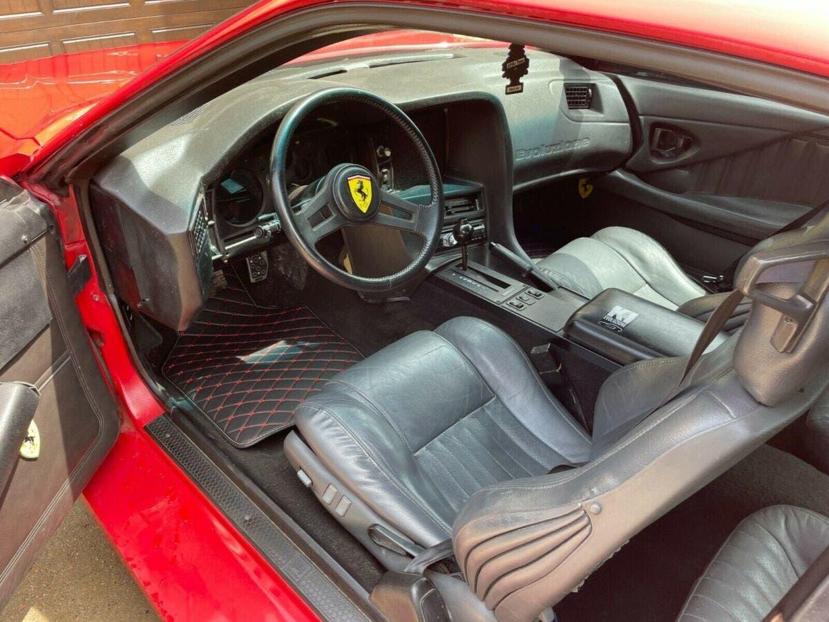 Chevrolet Camaro 1985 replica Ferrari