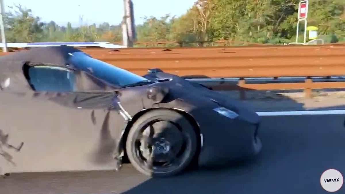 Ferrari Icona prototipo foto spia